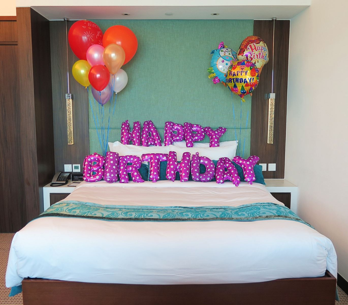 7 Unique Ways To Surprise Your Loved Ones On Their Birthday